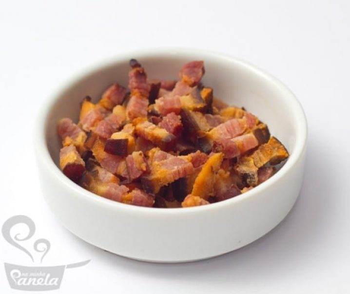 Bacon crocante no microondas